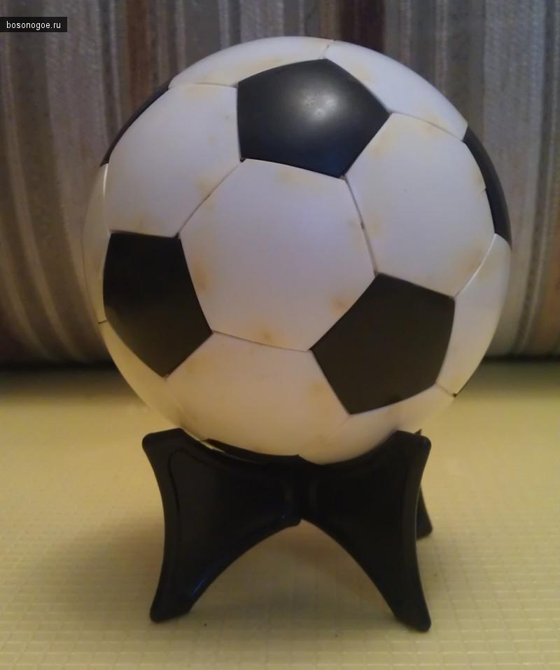 Советские игрушки.Футбольный мяч.